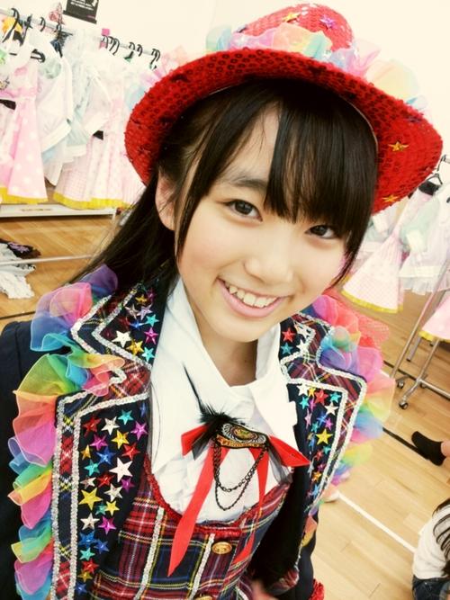 かわいい帽子をかぶった矢吹奈子